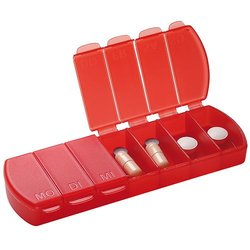 pill box Seven Days with 7 compartments - red